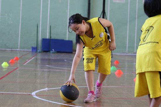 kích thước quả bóng rổ cho trẻ em